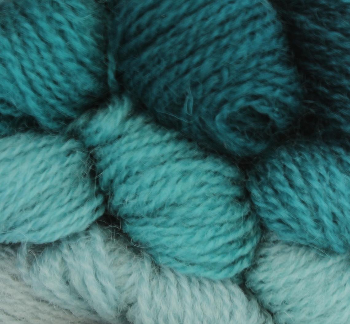 521-529 Turquoise