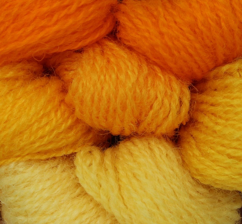 551-557 Bright Yellow